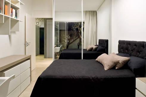 Box House - Bedroom : Quartos  por 1:1 arquitetura:design