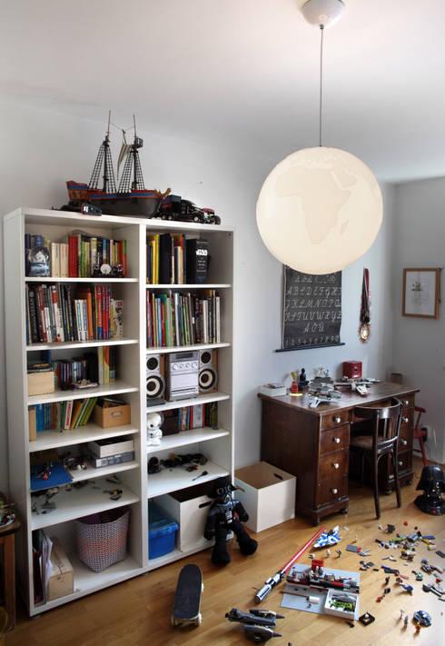 PLANET EARTH Suspension lamp:  Kinderzimmer von Formagenda GmbH