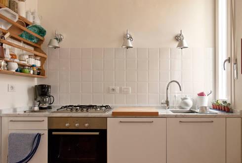 Cucina: Cucina in stile in stile Moderno di Fabio Ramella Architetto