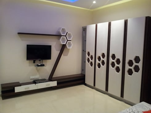 Wardrob Shutters: modern Bedroom by one3designer_2005