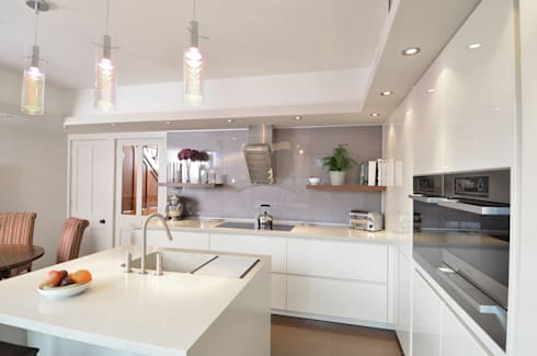 MR & MRS SPELMAN'S KITCHEN: modern Kitchen by Diane Berry Kitchens