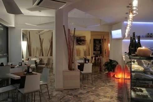 City coffee and food: Gastronomia in stile  di Masi Interior Design di Masiero Matteo