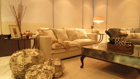 ausgefallene Wohnzimmer von NIVEL TRES ARQUITECTURA