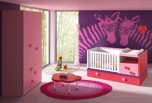 CUNA CONVERTIBLE: Habitaciones infantiles de estilo  de Muebles Carlos Pastor
