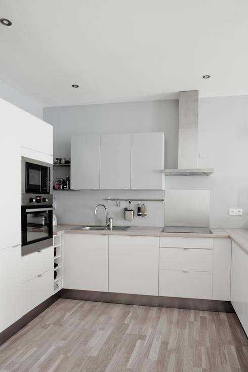r novation appartement paris 75003 de grazia architecture homify. Black Bedroom Furniture Sets. Home Design Ideas
