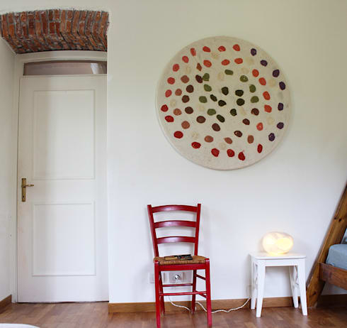 NUNO FELT PANEL: Casa in stile  di Judith Byberg
