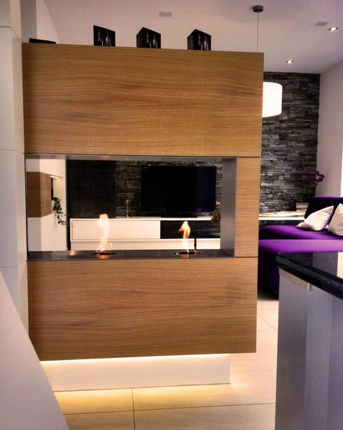 Feuerstellen nach Maß :  Wohnzimmer von Cult Fire International Sales GmbH