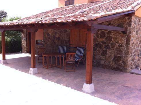 Porches de valsain porche y jardin homify for Valsain porche y jardin