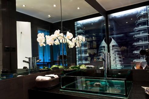 a: Casas de banho modernas por Tereza Prego Design