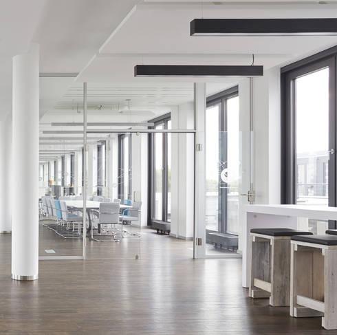 Büroausbau der Jameda GmbH in München:  Bürogebäude von Lignalux