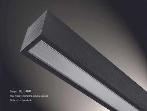 """Lignalux Design """"The Dark"""": moderne Arbeitszimmer von Lignalux"""