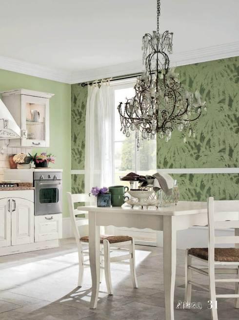 CUCINA ATENA : Cucina in stile  di ROMANO MOBILI dal 1960