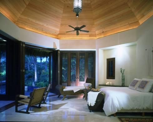 Suite. Casa Calandrias. BR Arquitectos: Hoteles de estilo  por BR  ARQUITECTOS
