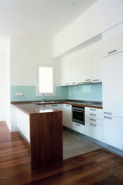 منازل تنفيذ PARRAMON + TAHULL arquitectes