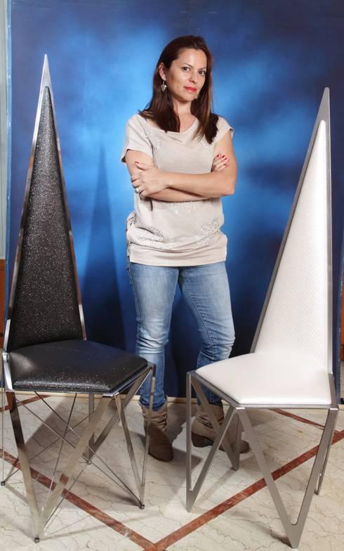 Star Chair: Casa in stile  di Romindesign
