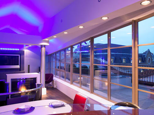 Luxury Penthouse London: modern Living room by Quirke McNamara