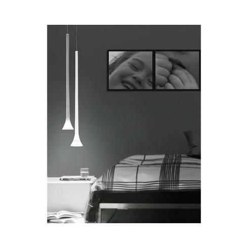 Lámpara de techo Sissi: Dormitorios de estilo moderno de Ociohogar