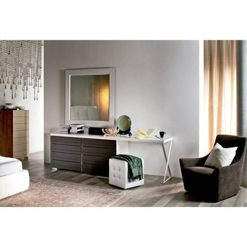 Dandy Desk de Cattelan Italia: Dormitorios de estilo moderno de Ociohogar