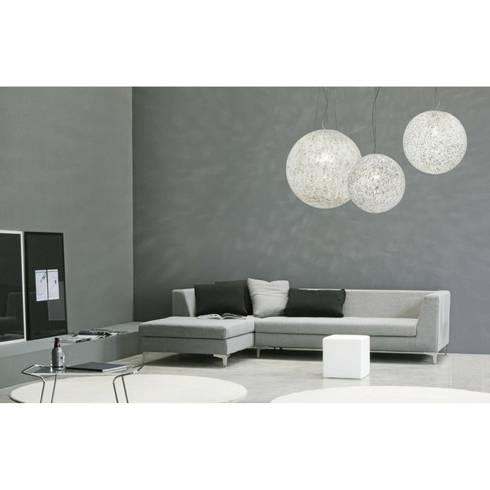 Lámpara de cristal Rina: Dormitorios de estilo moderno de Ociohogar