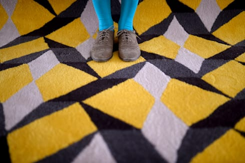 Tiles desenhada por Domingos Ferreira: Parede e piso  por Two.Six