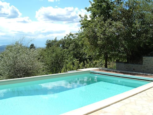 Piscina privata by oroblupiscine homify - Quanto costa una piscina ...