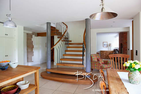 Victorian Basement Staircase ref 3340: classic Corridor, hallway & stairs by Bisca Staircases