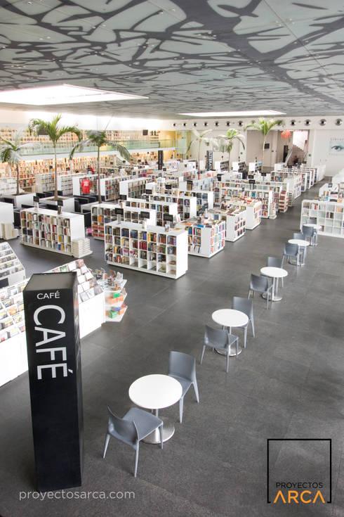 Proyectos ARCA: Salones de conferencias de estilo  por Marmoles ARCA
