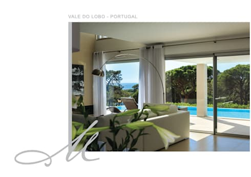 Holiday House in Vale do Lobo:   por Maria Raposo Interior Design