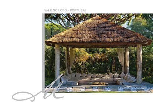 House in Vale Do Lobo:   por Maria Raposo Interior Design