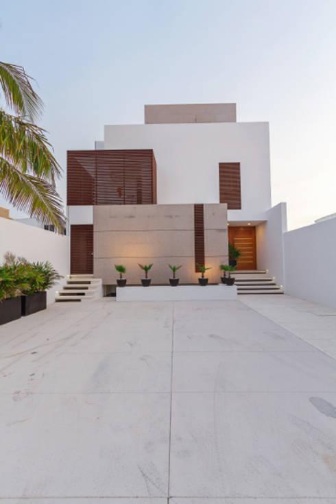 Casas de estilo minimalista por Enrique Cabrera Arquitecto