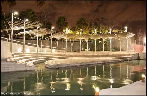 Paseo Santa Lucia: Jardines de estilo moderno por Urban Landscape