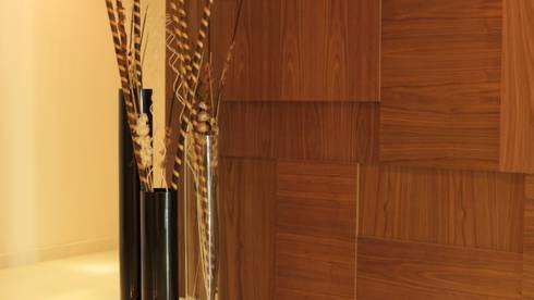 PALMAS 02: Paredes de estilo  por NIVEL TRES ARQUITECTURA