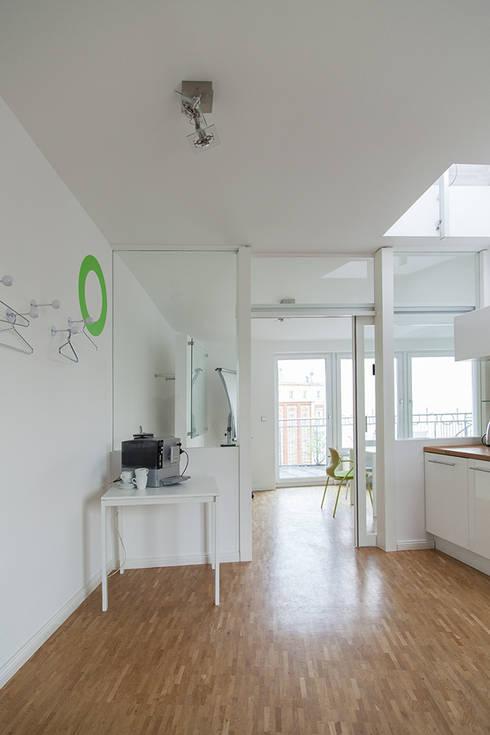 Büroeinrichtung design  Büroeinrichtung by Berlin Interior Design | homify