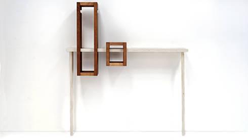 IGGY : Ingresso, Corridoio & Scale in stile in stile Eclettico di luca longu design
