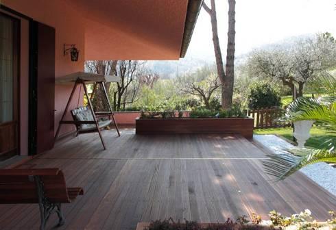 Sistemazioni esterne villa.: Giardino in stile In stile Country di Albini Architettura