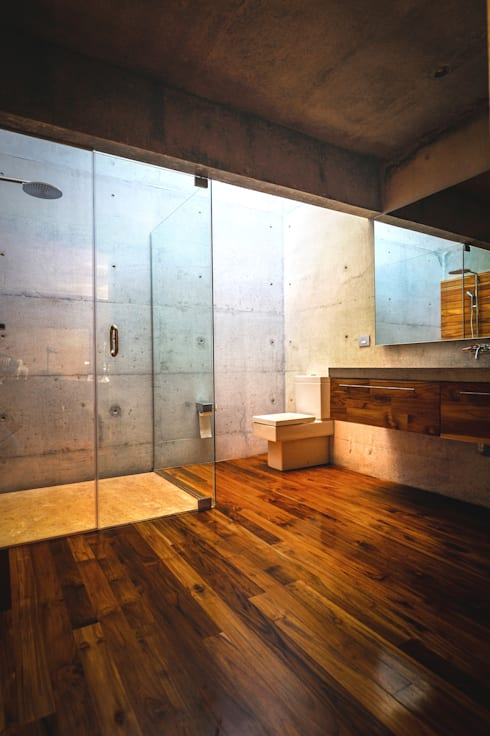 Bathroom by P+0 Arquitectura
