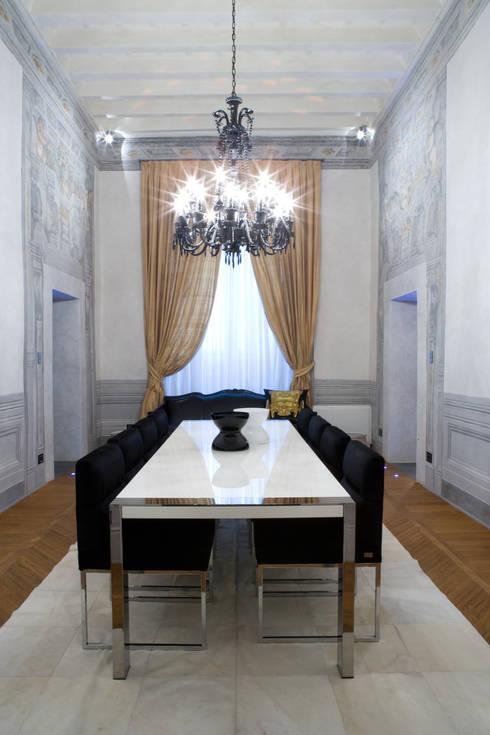Una casa storica di archbcstudio homify for Piccoli piani di casa storica