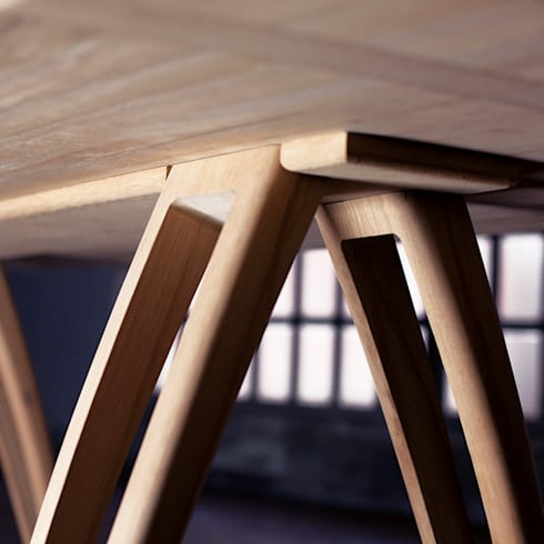 èLUNAPIENA - Alpestre: Sala da pranzo in stile in stile Moderno di Architetto ANTONIO ZARDONI
