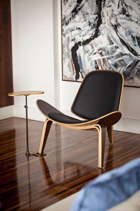 Salas de estilo  por BJG Decorações de Interiores Ltda