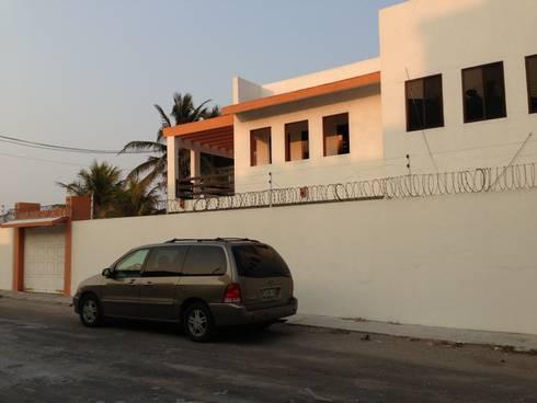 A-D: Casas de estilo moderno por NGestudio