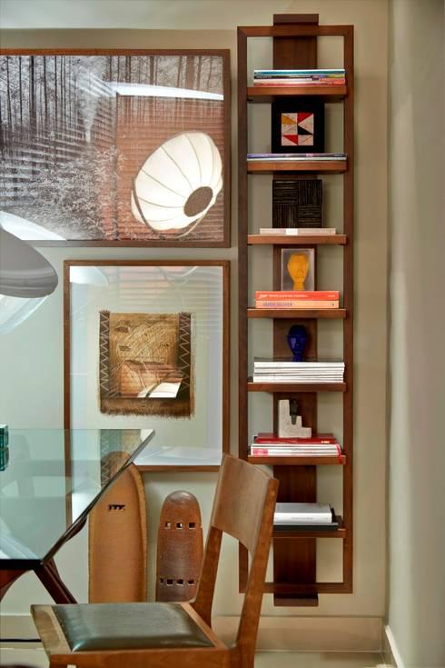 Apartamento Sion: Casas ecléticas por Graziella Nicolai Arquitetura e Interiores