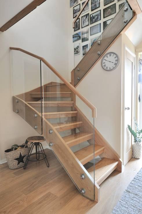 Corridor & hallway by Jarrods Bespoke Staircases