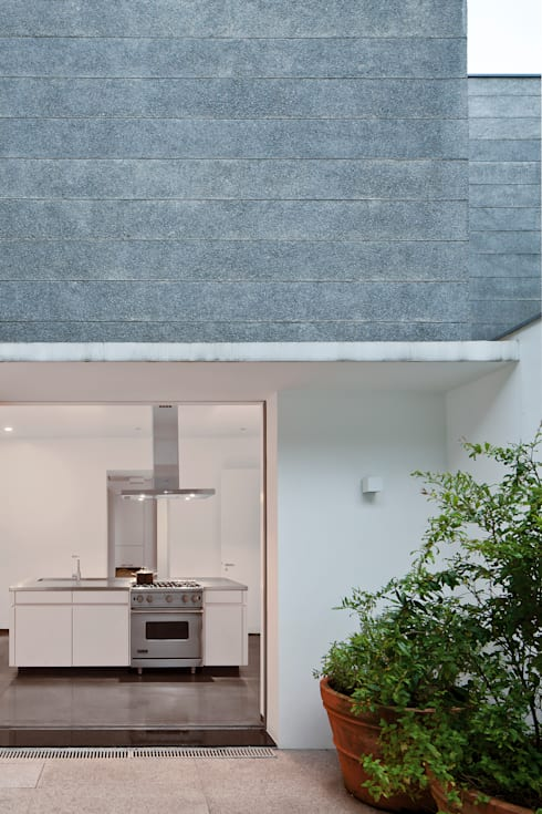 مطبخ تنفيذ Pascali Semerdjian Arquitetos