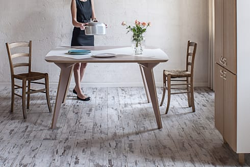 Tavolo Lambro: Sala da pranzo in stile in stile Scandinavo di Andrea Casati Design