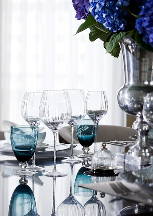 Sala de jantar  por Roselind Wilson Design