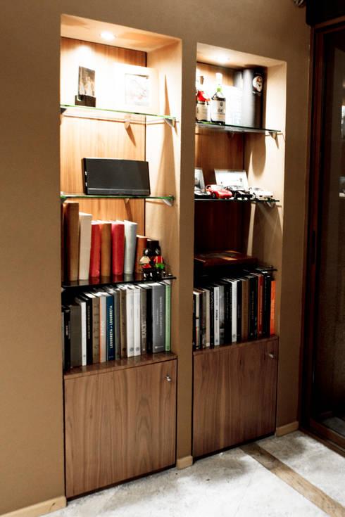P.H. Bosque de Tejocotes.: Estudios y oficinas de estilo moderno por REM Arquitectos