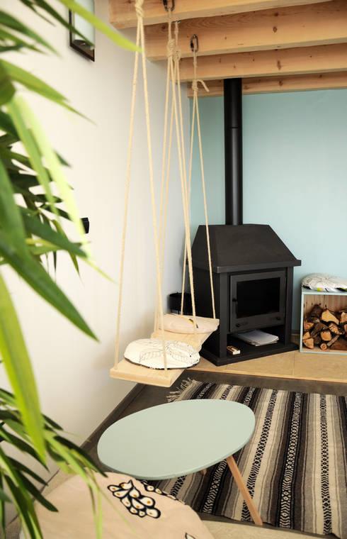 Le 16 - Espace salon: Maisons de style  par Aurélie Ronfaut dite Thi-Lùu