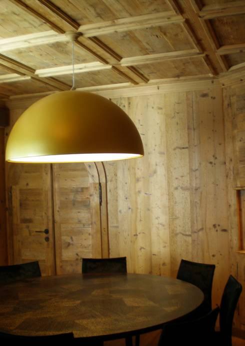 Casa in montagna di arch patrizia cagliani homify for Piani di casa in stile west indian