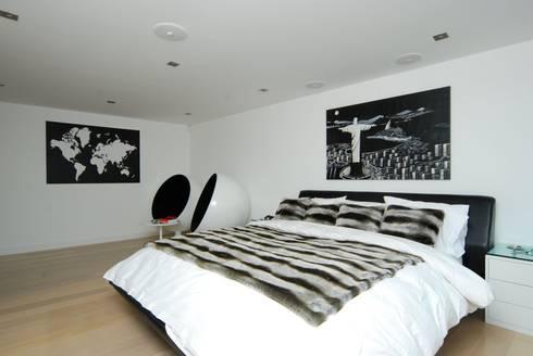 London Penthouse Refurbishment :   by Ashville Inc