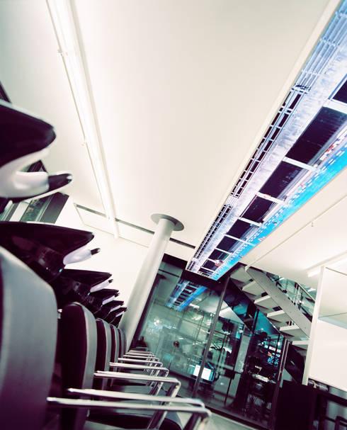 Shift Friseure Berlin von C95 ARCHITEKTEN | homify